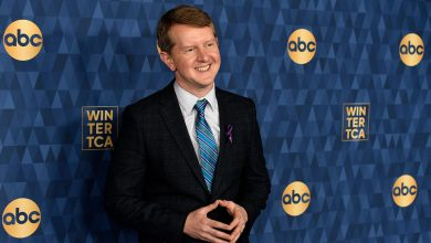 'Jeopardy!' Star Ken Jennings on Why He Hasn't Deleted Past Controversial Tweets