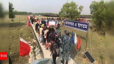 Bangladesh sends 2nd group of Rohingya to isolated island - Times of India