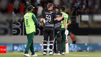 1st T20I: New Zealand beat Pakistan by 5 wickets | Cricket News - Times of India