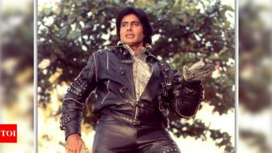 Amitabh Bachchan reminisces the time when he tried to replicate Michael Jackson in a film - Times of India