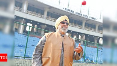 Bishan Singh Bedi:  Bishan Singh Bedi threatens legal action, demands immediate removal of his name from Feroz Shah Kotla stand | Cricket News - Times of India