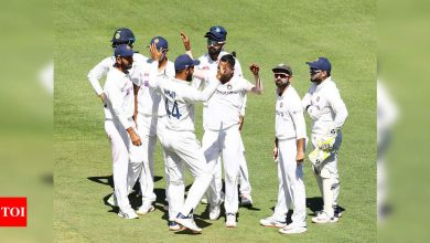 Boxing Day Test: Ajinkya Rahane's captaincy, bowlers' show get Australia all out for 195; India 36/1 at stumps on Day 1   Cricket News - Times of India
