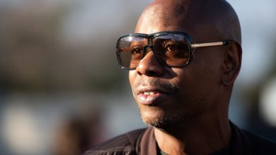 "Dave Chappelle says he ""used to buy weed"" off Idris Elba"