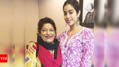 "Exclusive! ""Janhvi Kapoor should represent Sridevi in my mother's biopic,"" says Saroj Khan's daughter - Times of India"