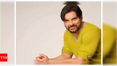 Exclusive!  Sohail Khan brings in his 50th birthday in Goa - Times of India
