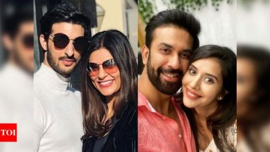 Exclusive! Sushmita Sen and her BF Rohman Shawl fly out for a holiday, brother Rajeev and his wife Charu Asopa to join - Times of India