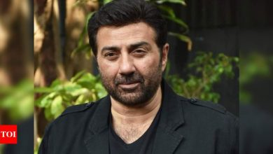 Farmers' protest: Sunny Deol gets Y-category security - Times of India ►