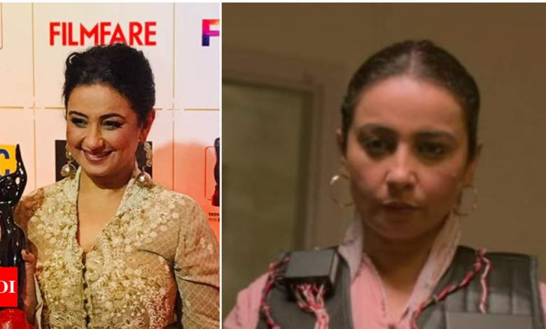 Flyx Filmfare OTT Awards 2020: Divya Dutta bags the Best Actress in Supporting Role for Drama Series 'Special OPS' - Times of India