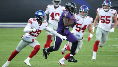 Giants' vaunted run defense demolished by Ravens