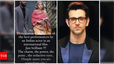 Hrithik Roshan is all praise for Dimple Kapadia's performance in Christopher Nolan's 'Tenet' - Times of India