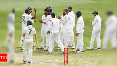 India vs Australia: Bowlers put India in sight of series-levelling win, leave Australia reeling at 133/6 | Cricket News - Times of India