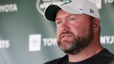 Joe Douglas has big offensive line decisions looming