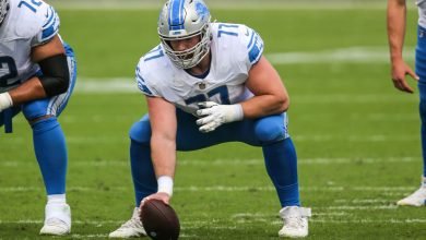 Lions center Frank Ragnow played through a fractured throat