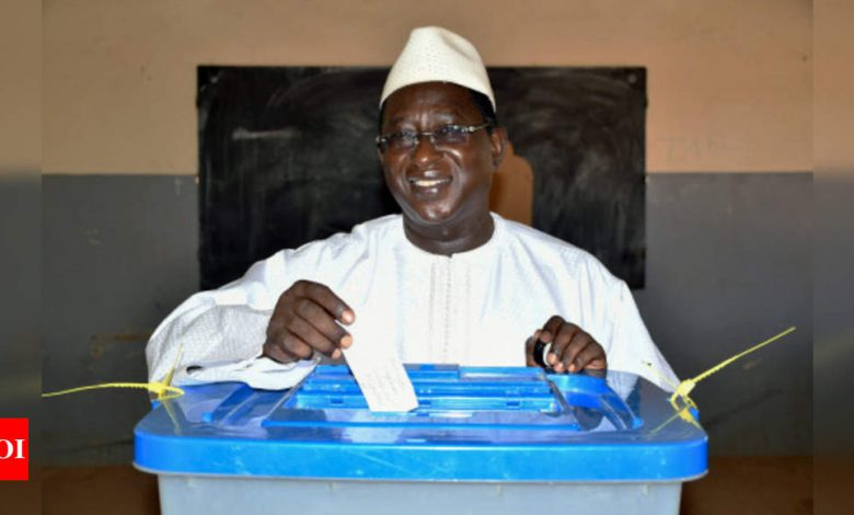 Mali's opposition leader and ex-hostage dies with Covid-19 - Times of India