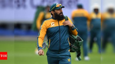 Misbah feels Pakistan cricketers were 'unlucky' to contract COVID-19 in New Zealand | Cricket News - Times of India