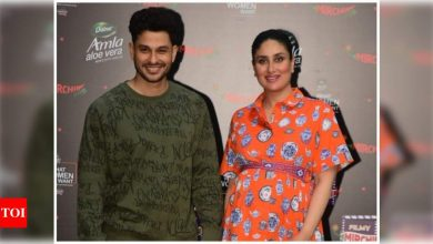 Mother-to-be Kareena Kapoor Khan stuns in a tangerine outfit as she poses with brother-in-law Kunal Kemmu - view photos - Times of India