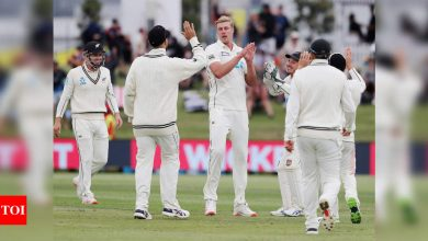 New Zealand vs Pakistan 1st Test: Kyle Jamieson strikes as Pakistan stumble in reply to New Zealand's 431   Cricket News - Times of India
