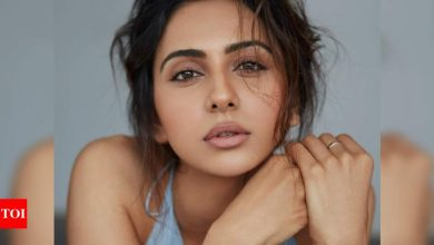 Rakul Preet Singh tests positive for COVID-19 amid shoot, urges everyone to stay safe - Times of India