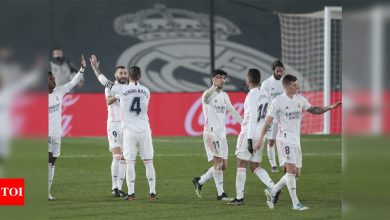 Real Madrid ease past Granada to join Atletico at top of La Liga   Football News - Times of India