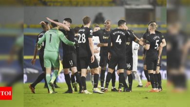 Set-piece goals fire West Ham to 2-1 comeback win over Leeds | Football News - Times of India