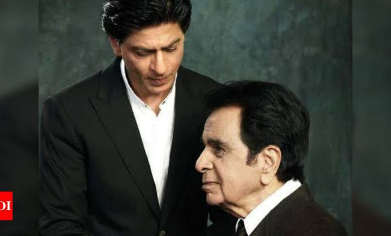Shah Rukh Khan pens a heartfelt note for Dilip Kumar on his birthday; says 'you have always loved me like your own' - Times of India