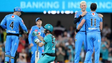 Strikers survive Jimmy Peirson blitz in cliffhanger to snare two-run win