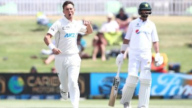 Trent Boult and Tim Southee leave Pakistan reeling in fourth innings