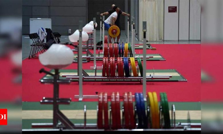 Weightlifting:  National weightlifting camp to be shifted from Patiala to Mumbai for two months | More sports News - Times of India