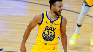 Stephen Curry torches Blazers for career-high 62 in win