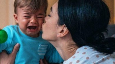 6 positive phrases to say when your child has a meltdown