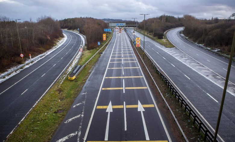 Pictures show a deserted M8 during what would usually be rush hour as the national lockdown comes into force in Scotland