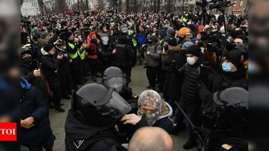 Police in Moscow detain at least 100 people before rally called by Kremlin foe Navalny - Times of India