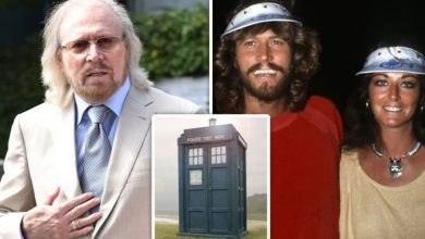 Bee Gees' Barry Gibb hints first intimate romp with wife Linda was in Doctor Who's Tardis