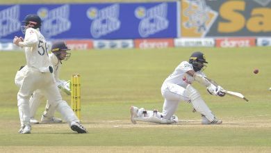 Dickwella digs in for Sri Lanka after England breakthroughs