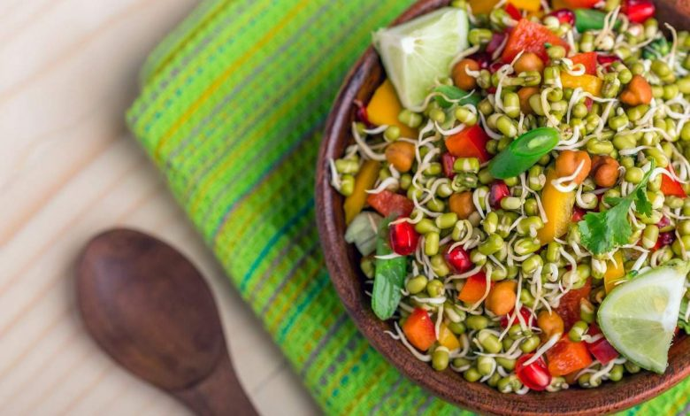 Easy breakfast salad recipes which will keep you full for long  | The Times of India