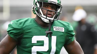 Frank Gore knows what Jets need as he mulls his own future