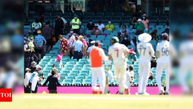 India vs Australia 3rd Test: Indian cricketers subjected to abuse again, spectators evicted from SCG   Cricket News - Times of India