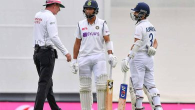 India vs Australia Live Score, 3rd Test: India face uphill task on Day 5 : Just before the break there was a near 10-minute interruption to play that saw six fans removed after Mohammed Siraj, fielding on the boundary, complained to the umpire - The Times of India