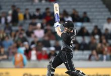 Jimmy Neesham undergoes surgery for compound dislocation on left ring finger