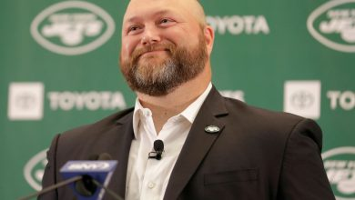 Joe Douglas 'happy' Jets beat Rams despite losing No. 1 pick