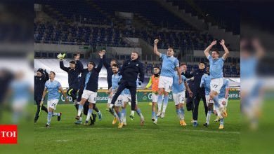 Lazio cruise past city rivals Roma in Serie A | Football News - Times of India
