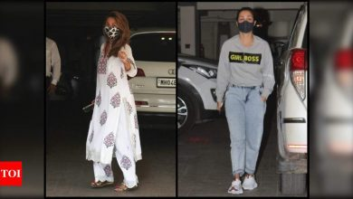 Malaika Arora and Amrita make a stylish appearance as they get clicked outside mom-to-be Kareena Kapoor Khan's residence - Times of India