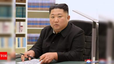 North Korea's Kim thanks people in rare New Year's cards - Times of India