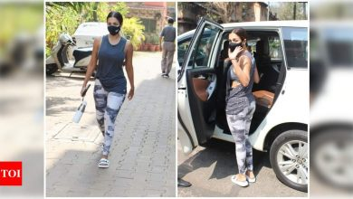 Photos: Malaika Arora rocks shades of grey for her gym sessions - Times of India