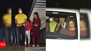 Photos: Tiger Shroff and Disha Patani get snapped post their dinner date in the city - Times of India