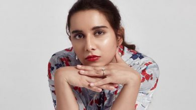 """Prada Singer Shreya Sharma: """"People With Contacts Have Easier Access To More Opportunities"""""""