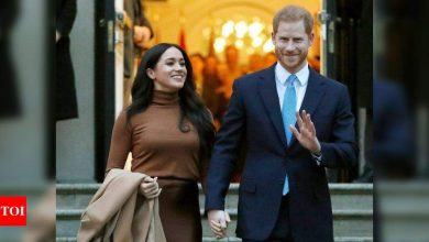 Prince Harry and Meghan Markle quit social media: Report - Times of India