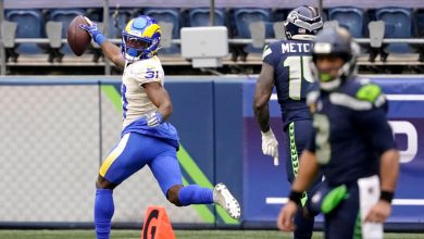 Rams defense dominant in wild-card win over Seahawks
