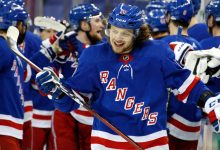 Rangers avenge opening loss in dominant win over Islanders