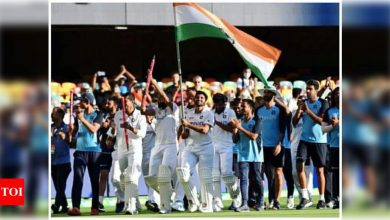 Ranveer Singh to Shah Rukh Khan: B-town celebrates Team India's historic win at the Gabba - Times of India